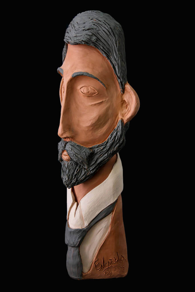 Fen Mugüerza - escultora ceramista - Taller de arte en Ourense - caballero