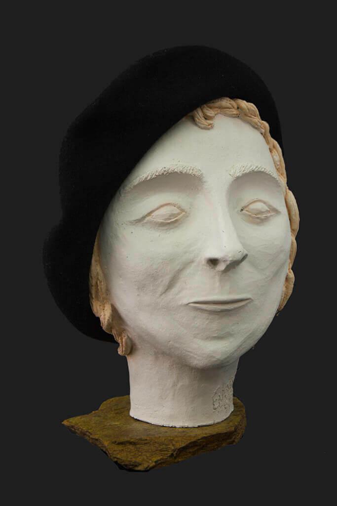 Fen Mugüerza - escultora ceramista - Taller de arte en Ourense - merce