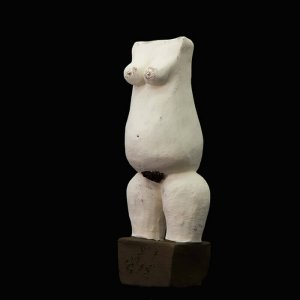 Fen Mugüerza - escultora ceramista - Taller de arte en Ourense - cuerpo5