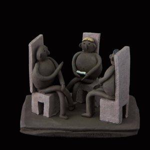 Artesania gallega. Escultura unica hecha a mano de Terracota, es un regalo exclusivo y un regalo original. Regalo para boda especial. Ceramica contemporanea realizada en pasta gres o arcilla cocida a 1.000 ºC y con los detalles pintados con barbotinas y pintura al agua. Venta online de pieza de ceramica., venta online de escultura de ceramica de Fen Muguerza