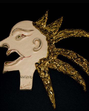Fen Mugüerza - escultora ceramista - Taller de arte en Ourense - PIEZA ÚNICA de Terracota, es un regalo exclusivo y un regalo original. Cerámica contemporánea realizada en barro rojo cocida y pintada