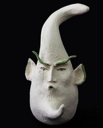 Fen Mugüerza - escultora ceramista - Taller de arte en Ourense - PIEZA ÚNICA de Terracota, es un regalo exclusivo y un regalo original. Cerámica contemporánea realizada en pasta refractaria blanca, cocida y pintada con engobes